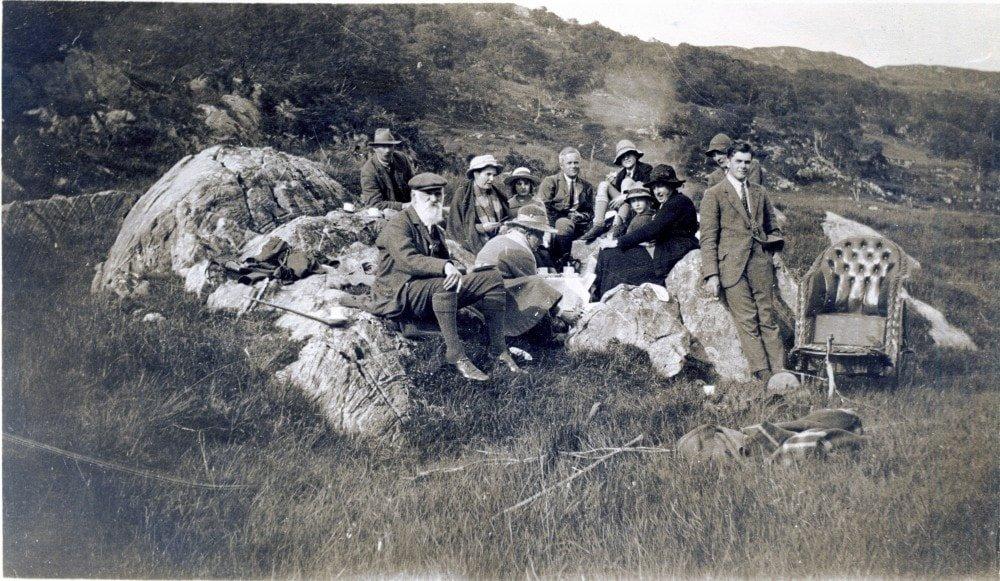 Glencripesdale 1919 - Horace Newton, Milwards & Madge Newton