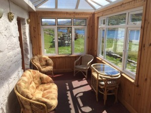 Carna cottage bright and sunny conservatory, the ideal wildlife watching spot